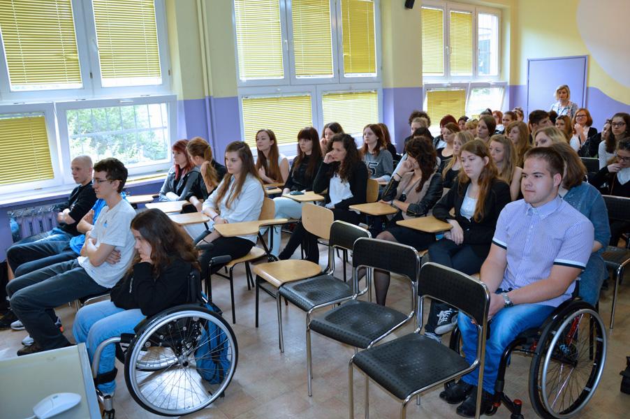 In Der Schule Veteranen <b>in xxx</b>-<b>schule in</b> krakau <b></b>